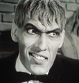 Lurch-addams-family-6160640-114-120